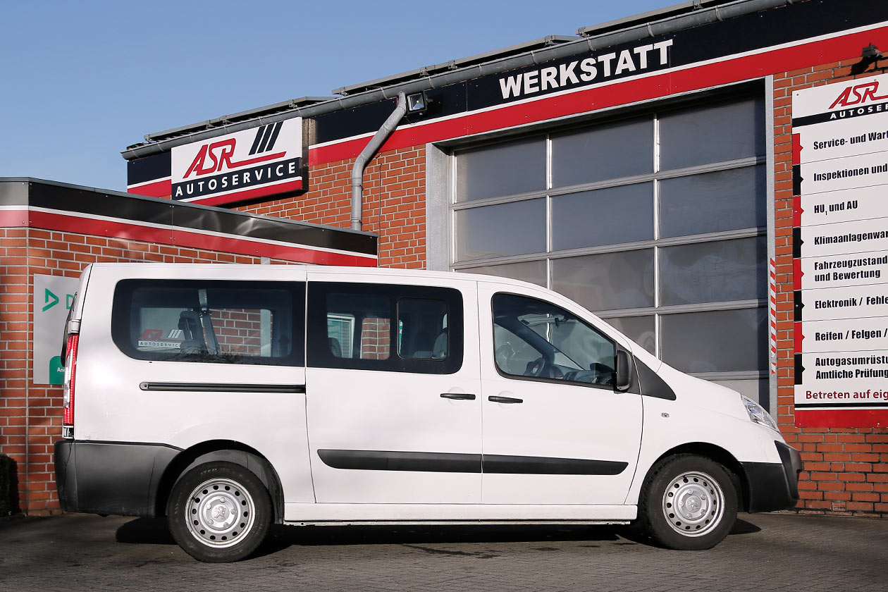 autovermietung station olfen autos transporter mieten. Black Bedroom Furniture Sets. Home Design Ideas